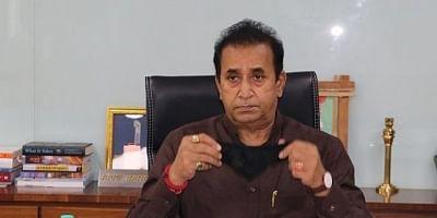 सीबीआई ने अनिल देशमुख को फर्जी क्लीन-चिट देने वाले अंदरूनी शख्स को पकड़ा