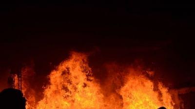 दिल्ली के मायापुरी फेज-2 की एक फैक्ट्री में लगी आग