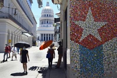 क्यूबा कोविड के बीच पर्यटन के मौसम के लिए तैयार