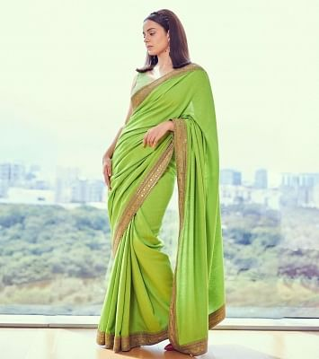 kangana-appeals-to-maharashtra-government-to-open-theaters