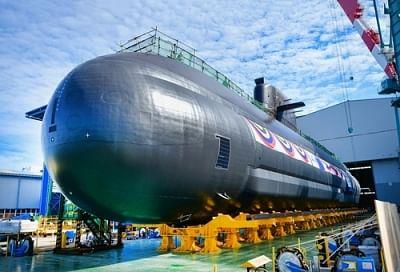 साउथ कोरिया ने नई स्वदेशी पनडुब्बी लॉन्च की