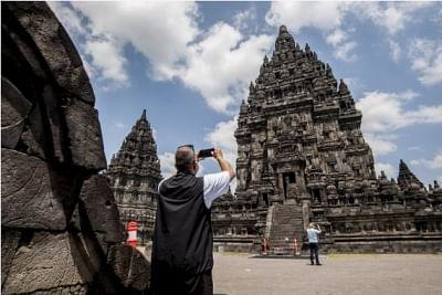 इंडोनेशिया सीमित वैध वीजा वाले अंतर्राष्ट्रीय पर्यटकों के लिए फिर से खोलेगा