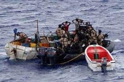 समुद्री डाकुओं के हमले में भारतीय नाविक लापता: गैबॉन समुद्री पुलिस 3 स्थानीय लोगों की कर रही है जांच