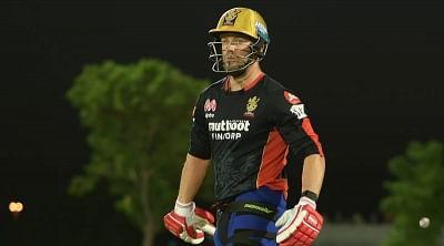 आईपीएल 2021 : डिविलियर्स ने आरसीबी के पहले अभ्यास मैच में जड़ा शतक