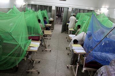 कराची में दो दिनों में डेंगू से 3 की मौत