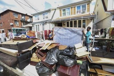 न्यूयॉर्क लोगों को बाढ़ से बचाने के लिए सेवा केंद्र स्थापित करेगा