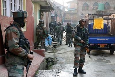 सेना ने कश्मीर में एक परिवार के सदस्यों की पिटाई के आरोपों से किया इनकार