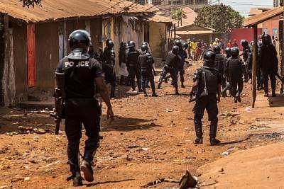 रूस ने गिनी में सैन्य तख्तापलट की निंदा की