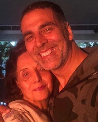 अक्षय कुमार की मां का निधन: उन्होंने कहा  वो मेरा अहम हिस्सा थी