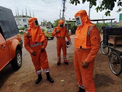 एनडीआरएफ ने बाढ़ प्रभावित पूर्वी और पश्चिमी मिदनापुर जिलों में 9 टीमें तैनात की