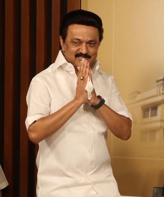 तमिलनाडु के मुख्यमंत्री जूनियर कक्षाओं के लिए स्कूलों को फिर से शुरु करने का दे सकते है निर्देश