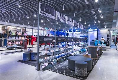 नाइकी ने एनसीआर में खोला अपना सबसे बड़ा स्टोर, दुनियाभर के स्पोर्ट्स प्रोडक्ट्स हैं मौजूद