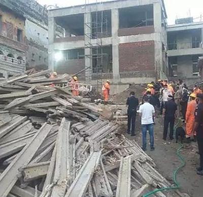 बेंगलुरु में गिरी तीन मंजिला इमारत, किसी के हताहत होने की खबर नहीं