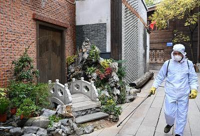 नवीनतम कोविड पुनरुत्थान के बाद चीनी शहर को उच्च जोखिम के रूप में वगीर्कृत किया गया