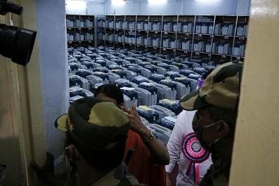 कर्नाटक में 3 नगर निगमों के लिए मतगणना जारी