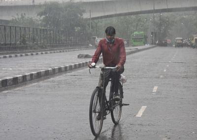 दिल्ली में हल्की बारिश होने का अनुमान