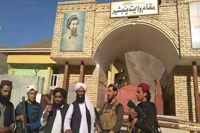 पंजशीर रेसिस्टेंस फोर्स घाटियों और गुफाओं में छिपे हैं: तालिबान