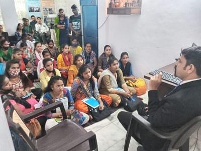मुंबई के एनजीओ ने घर से भागे सैंकड़ों बच्चों को उनके परिजनों से मिलाने में मदद की