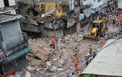 दिल्ली में इमारत ढहने के मामले में मालिक गिरफ्तार