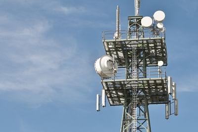 दूरसंचार क्षेत्र को राहत : बकाया पर 4 साल की मोहलत, एजीआर परिभाषा में बदलाव