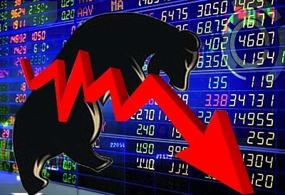 सेंसेक्स 350 अंक टूटा, आरआईएल के शेयर 2 प्रतिशत तक लुढके