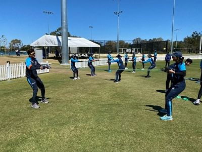 indian-women-cricketers-start-training-in-australia