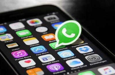 व्हाट्सएप यूजर्स आईओएस वर्जन पर मल्टी-डिवाइस फीचर को कर सकेंगे रोल आउट