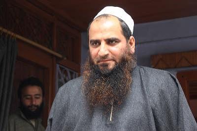 हुर्रियत प्रमुख के रूप में मसरत आलम का नामांकन कश्मीर में अलगाववादी राजनीति का अंत