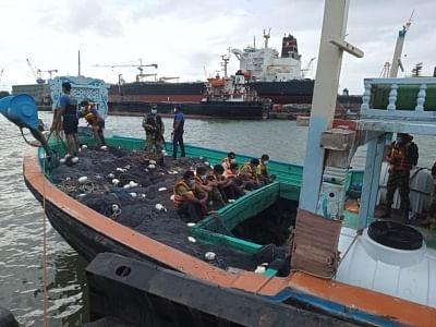 श्रीलंकाई नौसेना ने 336 किलोग्राम हेरोइन जब्त की, 7 पाकिस्तानियों को किया गिरफ्तार
