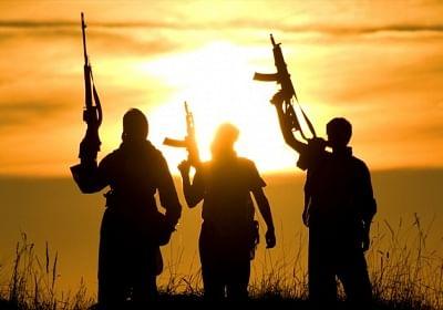 श्रीनगर आतंकवादी हमले में सब-इंस्पेक्टर गंभीर रूप से घायल (लीड-1)