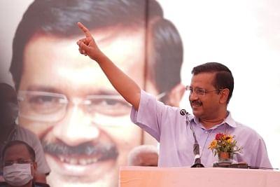 दिल्ली के मुख्यमंत्री ने प्रदूषण से लड़ने के लिए दिवाली पर पटाखों पर लगाई रोक