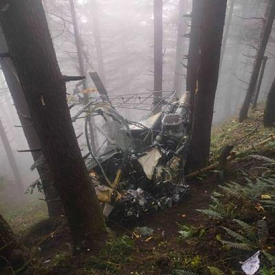 जम्मू-कश्मीर के उधमपुर में सेना का हेलीकॉप्टर दुर्घटनाग्रस्त