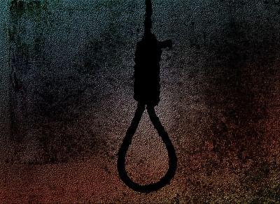 बिहार में शिक्षिका ने गले में फंदा लगाकर कर ली आत्महत्या