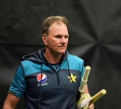 पाकिस्तान क्रिकेट के हाई परफॉरमेंस कोच ने इस्तीफा दिया