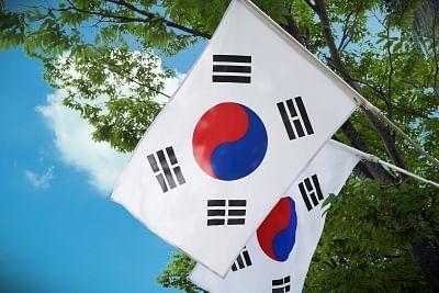 संचार लाइनों की बहाली के बाद कोरियाई देशों ने सैन्य कॉल किए