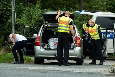 जर्मन पुलिस ने संगठित अपराध के खिलाफ की बड़ी छापेमारी