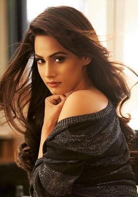 तानिया कालरा ने गिरगिट में ठगी करने वाली महिला की निभाई भूमिका