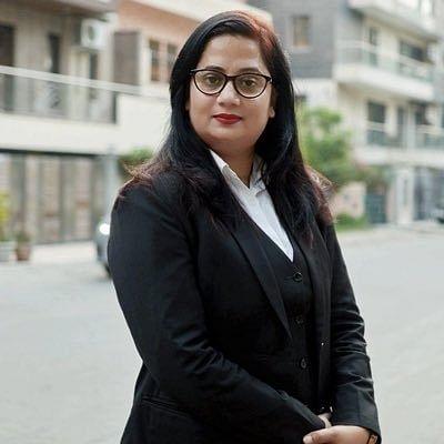 यूपी: कारोबारी की हत्या का मामला उठाएंगी निर्भया की वकील