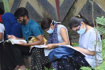 on-the-centre39s-decision-to-conduct-the-neet-ss-exam-from-the-old-pattern-the-supreme-court-said-the-government-has-been-very-fair