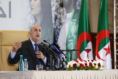 अल्जीरिया ने राजनयिक की पेरिस वापसी को लेकर पूर्ण सम्मान देने की मांग की