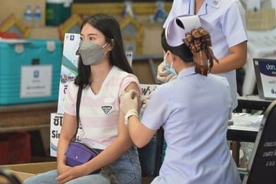 थाईलैंड: 46 देशों से पूर्ण टीकाकरण वाले लोगों को बिना क्वारंटीन के देश में प्रवेश की अनुमति