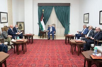 फिलीस्तीनी राष्ट्रपति: इजराइल के साथ शांति प्रक्रिया के लिए तैयार हैं