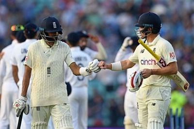 लंबे समय तक बल्लेबाजी करने से ही इंग्लैंड के लिए मौका बन सकता है : वॉन