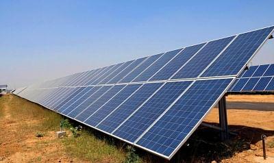 इराक ने सौर ऊर्जा संयंत्रों के निर्माण के लिए यूएई की कंपनी के साथ अनुबंध पर हस्ताक्षर किए