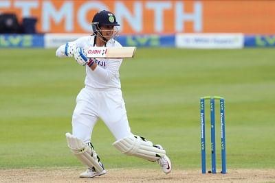 ऑस्ट्रेलिया में टेस्ट शतक जड़ने वाली पहली भारतीय महिला खिलाड़ी बनीं मंधाना