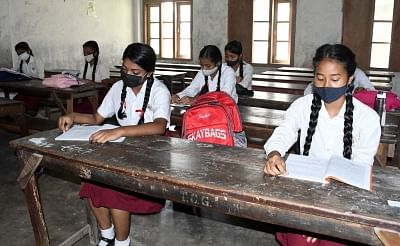 school-likely-to-open-after-durga-puja-in-bengal-109-crores-approved-for-renovation