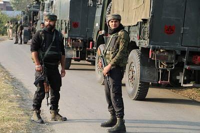 कश्मीर मुठभेड़ में मारा गया जेईएम का सबसे बड़ा स्थानीय आतंकी (लीड-2)
