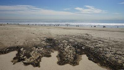 कैलिफोर्निया से तेल रिसाव के बाद  ड्रिलिंग रोकने का अनुरोध