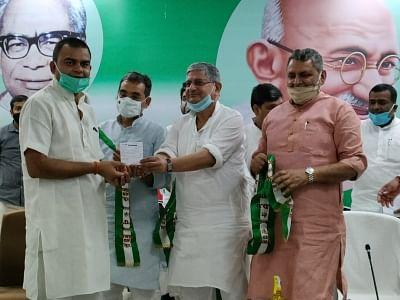 बिहार: मंत्री सम्राट चौधरी के भाई रोहित ने थामा जदयू का दामन