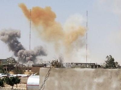 सऊदी के नेतृत्व वाले गठबंधन ने यमन में हाउती-नियंत्रित साइटों पर बमबारी जारी रखी
